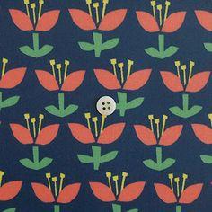 ラミネートお花柄 ブルー地