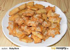 Sýrové pečivo Chicken Wings, Meat, Food, Recipies, Essen, Meals, Yemek, Eten, Buffalo Wings