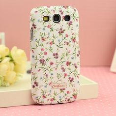 This Cath Kidston case for Samsung Galaxy S3 will keep your samsung S3 at the top of fashion. These lacquered samsung 9300 cases are designed by European designer cath kidston.These cath kidston cases not only personalise your Samsung Galaxy S3, they also help to protect it from scratches, knocks, dust particles..