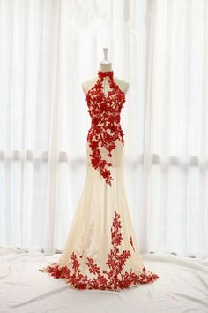 Elegant high neck halter red lace appliques white tulle prom dress, long ball gown for 2016