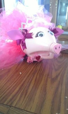 Valentines' mail box. Vinegar bottle, homemeade tutu, dollar tree craft aisle= Princess Pig!!