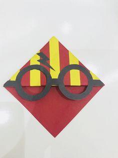 Harry Potter kitap ayracı Bookmarks, Diys, Diy Crafts, Drawings, Random Stuff, Bricolage, Marque Page, Do It Yourself, Diy Home Crafts