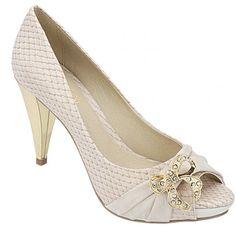 Sapato Feminino Belmon - 13.114 OffWhite - 33 ao 43 - Sapatos Femininos, Sandálias, Peep Toes, Calçados em Numeração Especial - Sapato Show Beautiful Shoes, Peeps, Peep Toe, Footwear, Outfits, My Style, Stuff To Buy, Passion, Party Shoes