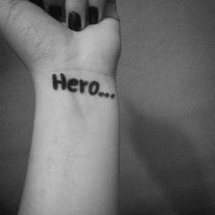 """Let me go...i don't wanna be your hero...""  (I love my camera *0*)"
