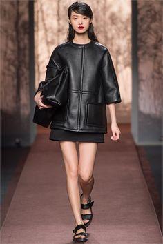 Sfilata Marni Milano - Collezioni Autunno Inverno 2013-14 - Vogue