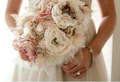 Shabby blush gold and cream silk broch bouquet #SpringWedding