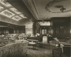 1905-1907 : Interior of the Lusitania First class lounge and music room