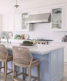 48 suprising small kitchen design ideas and decor 39 Home Kitchens, Kitchen Design Small, Kitchen Remodel, Kitchen Design, Kitchen Decor, New Kitchen Cabinets, Kitchen, Country Kitchen Designs, Herringbone Backsplash