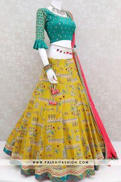Magestik Medallion Yellow Full Flair Chaniya Choli Set With Attractive Design Palkhi fashion presents medallion yellow silk navratri chaniya choli with attractive print. Indian Fashion Dresses, Indian Gowns Dresses, Indian Designer Outfits, Indian Outfits, Designer Dresses, Designer Wear, Garba Dress, Navratri Dress, Choli Dress