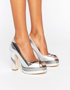 Terry de Havilland Luna Silver Leather Peeptoe Platform Heeled Shoes