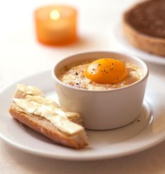 Cocotte eggs with foie gras – Ôdélices: Easy and original cooking recipes! No Salt Recipes, Egg Recipes, Cooking Recipes, New Years Eve Food, Egg Dish, Food Obsession, How To Cook Eggs, Just Cooking, Creative Food