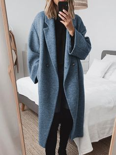 Winter Coats Women, Coats For Women, Long Winter Coats, Looks Street Style, Outerwear Women, Maxi Dress With Sleeves, Look Cool, Chic Outfits, Biker Outfits