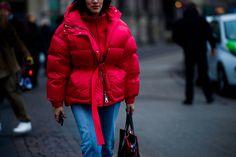 Устрашающе модные объемы и неожиданное море цвета