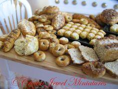 Blueberry bagels & assorted artisan bread by IGMA Artisan Robin Brady-Boxwell - Crown Jewel Miniatures