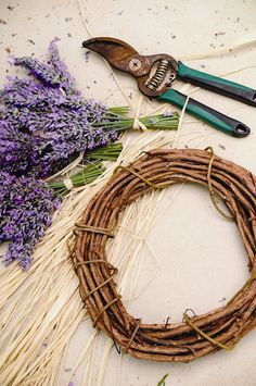 How to make lavender wreath