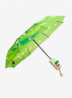 You won't need to jump through a portal to stay safe from the rain! This umbrella from Rick and Morty features a portal gun handle. Simply press the button and watch the canopy open up to reveal a portal design. Kingdom Hearts Keyblade, Disney Kingdom Hearts, Rock Posters, Rick And Morty Schwifty, Rick And Morty Merch, Rick And Morty Snowball, Lion King Pride Rock, Ricky Y Morty, Westerns