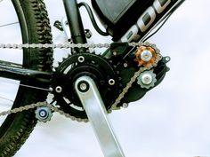 Quartz: E-Bike Antrieb mit integriertem Getriebe - ebike-news. Bmw Isetta, E Bike Antrieb, E Mountain Bike, E Biker, Bottom Bracket, Electric Bicycle, New Model, Super Powers, Monster Trucks