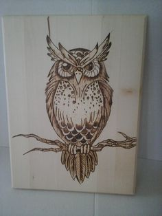 wood burning Items similar to Wood Burned Hoot Owl Art on Etsy Wood Burning Tips, Wood Burning Techniques, Wood Burning Crafts, Wood Burning Patterns, Wood Crafts, Pyrography Designs, Pyrography Patterns, Wood Deer Head, Wood Burning Stencils