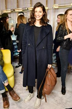 See who has taken a front-row seat at the New York, London and Milan Fashion Week shows Camel Backpacks, All Star, What To Wear Tomorrow, Backpack Outfit, Converse, Weekend Style, Jasmine Hemsley, Elegant Outfit, Front Row