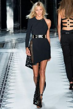 Did you hear the news? #AnthonyVaccrello confirmed at #VersusVersace: http://voguefr.fr/AnthonyVaccarello_Versus…