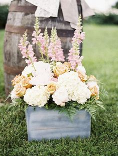 rustic garden wedding flowers decor ideas - Deer Pearl Flowers