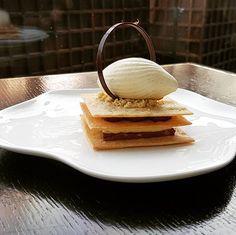 Crunchy Mille feuille in our new menu at @hualan_restaurant #hualan #hualan_restaurant #chefrahaman #riyadh #valrhona #riyadhfood #riyadhfashion #centria #yum #yummy #nomnom #repost #socute #instagood #sweet #pastryvideo #chefstalk #foodstagram #pastry #deleciou #millefeuille #icecream #ksa #saudi .