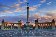 Located at the end of Budapest's main shopping street, Andrássy Avenue, Heroes Square is a Unesco World Heritage site. Home to the Museum of Fine Arts and the Palace of Art, its most prominent feature is the Millenium Memorial, built in 1900 to commemorate the 1000-year anniversary of the arrival of the Magyar tribes to the region that is now Hungary.