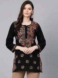 Ada #handembroidered Black #Cotton #Lucknowi #Chikankari Top - A100386 - #AdaChikan