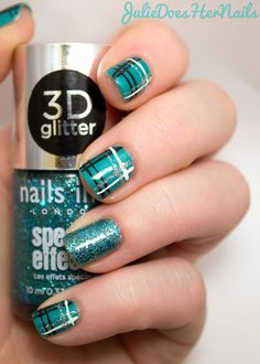 Teal Plaid Nail Art | juliedoeshernails