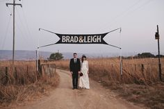 Leigh & Brad {wedding} - MODERN HEARTS #banner