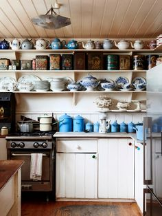 Photos – Eve Wilson, production – Lucy Feagins / The Design Files. This wonderful eclectic home is owned by artist Greg Irvine and I love it! He has such a great eye for beautiful, interesting pieces Farm Kitchen Ideas, Old Farmhouse Kitchen, Old Kitchen, Vintage Farmhouse, Country Kitchen, Vintage Kitchen, Kitchen Dining, Kitchen Decor, Prep Kitchen
