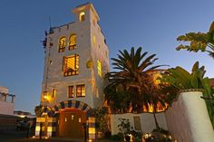 Ablitt House - Art meets Architecture in Downtown Santa Barbara Winter Special - 20% OFF available nights from now through February 28, 2017 NOTE: 30-NIGHT MINIMUM STAY EFFECTIVE 1/1/17 The Ablitt House is a wacky, ...