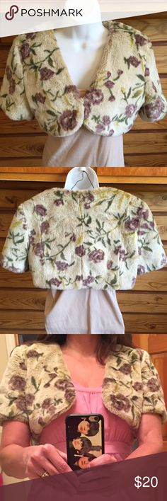 Faux Fur Floral Rose Shrug Bolero Great for a night out!  Classy over your favorite dress.  Super cute faux fur shrug in a floral / rose print. Ivory or Eggshell color with eggplant purple roses, green leaves & yellow flower accent. Made by Black Rivet - acrylic & polyester. Fully lined. Tag says S/M but I am a Med/Large & it fit me. If call it a Medium. Black Rivet Jackets & Coats