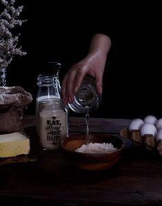 Novias | RÚSTICA Mexican Pastries, Mexican Bread, Healthy Recipes, Healthy Meals, Delicious Desserts, Art, Rustic Groom, Mexican Sweet Breads, Small Shops