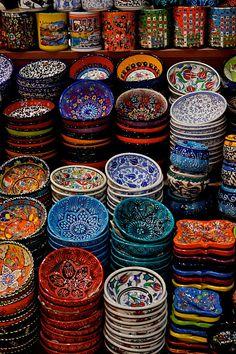 Morocco by me Deco Restaurant, Mexican Home Decor, Ceramic Bowls, Handicraft, Decoration, Sweet Home, Room Decor, Ceramics, Wallpaper