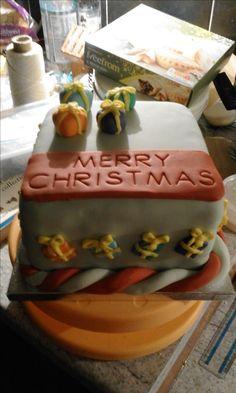 parcel Christmas cake