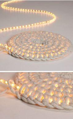 led-lichterkette-umhaekeln-als-teppich-schoenstricken.de_.jpg 736×1.189 Pixel