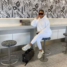 hen you're the last on the plane because you needed an outfit pic 🌝 Spending the week in Mykonos with & ✈️ Chill Outfits, Casual Fall Outfits, Winter Fashion Outfits, Mode Outfits, Look Fashion, Autumn Winter Fashion, Stylish Outfits, Mode Ootd, Luxury Lifestyle Fashion