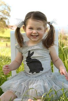 Easter Bunny Tee Tutorial. Way more cute than stinkin' easter dresses that little girls are forced to wear every single year!