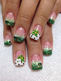 Gorgeous Water Marble Nail Art Designs Ideas Youll Want To Try This Season 13 Green Nail Designs, Holiday Nail Designs, Holiday Nails, Christmas Nails, Nail Art Designs, Nails Design, Cute Nails, Pretty Nails, My Nails