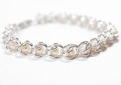 DIY: Chain maille bracelet with pearls tutorial