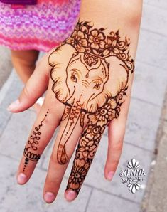 + Ideas for Mehndi - The Gorgeous Indian Henna Tattoo Art - - Learn about the origins of the lovely henna tattoo, and marvel at its many pretty designs! We have lots of information + 110 examples of this stunning art! Elephant Henna Designs, Henna Elephant, Elephant Tattoos, Animal Henna Designs, Elephant Tattoo On Hand, Henna Tattoo Hand, Henna Art, Henna Mandala, Tattoo Art
