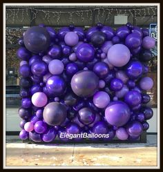 Organic balloon wall #organicballoonwall #organicballoons #stepandrepeat