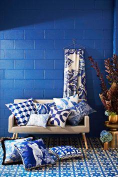 House BLUE-tiful   ZsaZsa Bellagio - Like No Other