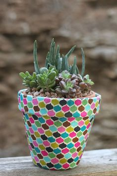 Oh So Lovely Blog: DIY Fabric Wrapped Pots
