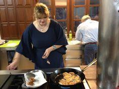 """Los viajeros que nos acompañan en Nansa Natural también tienen un contacto con la gastronomía a través del taller """"Cocinamos y comemos"""" (@nansanatural)   Twitter Twitter, Natural, Gastronomia, Atelier, Tourism, Nature, Au Natural"""