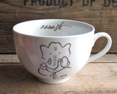 Ganesh Lotus Namaste Mug 23 oz Huge Coffee por SecondChanceCeramics, $24.00
