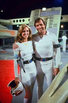 Erin Gray as Col. Wilma Deering in Buck Rogers Buck Rodgers, Science Fiction, Erin Gray, 80 Tv Shows, Sci Fi Tv Series, Original Tv Series, Grey Bikini, Emma Peel, Tv Couples