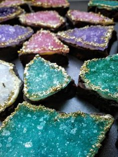 25 - 30 Crystal cookies, 1 Pound of jewels, Rock candy cookies, Sparkly wedding or special event candy Sucre Candi, Geode Cake, Sugar Sprinkles, Rock Candy, Chocolate Dipped, Unicorn Party, Krystal, Chip Cookies, Candy Cookies