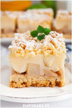 Kruche ciasto z budyniem i gruszkami - I Love Bake